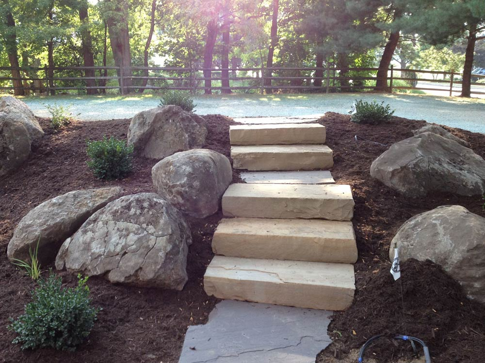 Hardscape Dry Stone Walls Lightscaping on Modern Transitional Elevations
